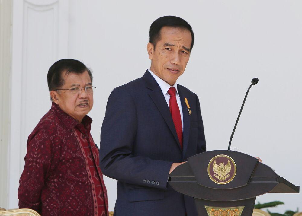 Jokowi Demands Spending Restraint as Indonesia Budget Gap Widens