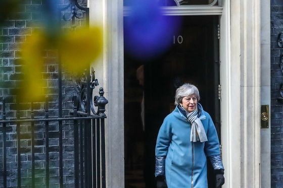 EU Creates New Cliff-Edge as Wrangling Over Brexit Delay Begins