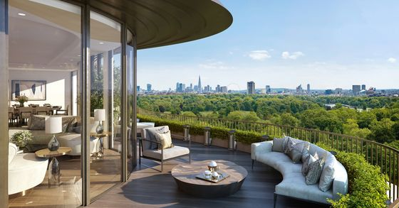 Londoners Snap Up Luxury Homes as Rich Foreigners Are Locked Out