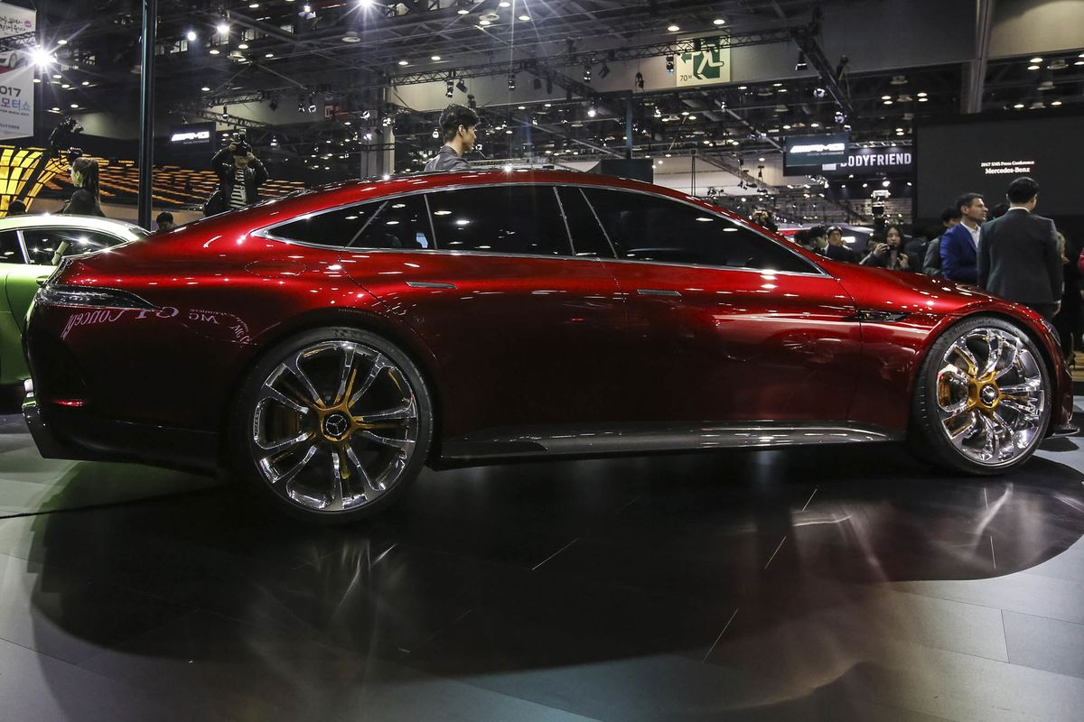 New York Auto Show Preview Crossovers SUV Updates And A Demon - Car show 2018 nyc