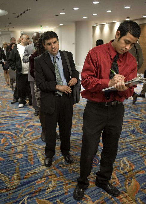 Jobless Claims in U.S. Plunge to Lowest in Almost Four Years