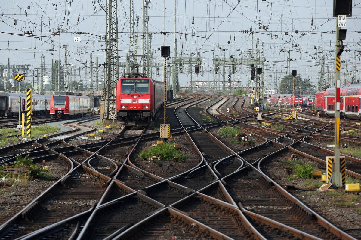 Deutsche Bahn's Arriva Unit Has the Attention of Buyout Firms and Rivals