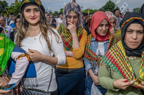 Supporters of the HDP espouse leftist views and more rights for Kurds.