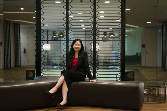 How Asian Firms Attract – and Keep – Top Women Executives