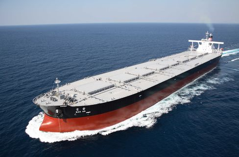 Swaps Diverge from Stock Analysts Seeing Rally in Ships