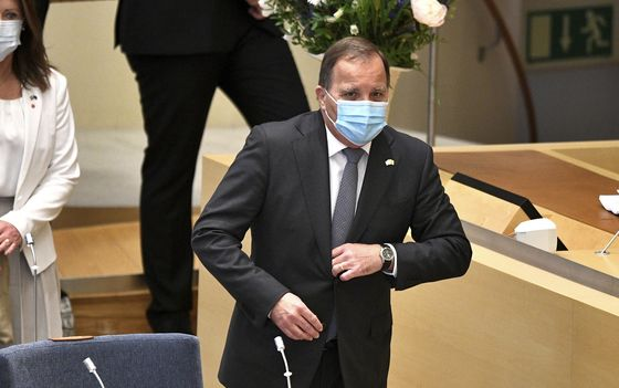 Sweden Sinks Into Political Chaos as PM Ousted in Key Vote
