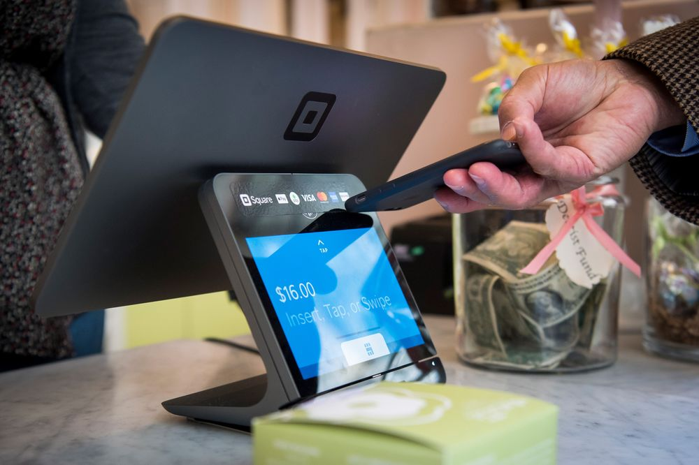 Digital Payments' $95 Trillion Tide Undaunted by Cash