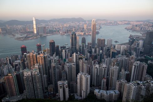 Hong Kong Forecasts 3%-4% Growth Even Amid U.S. Tapering Risks