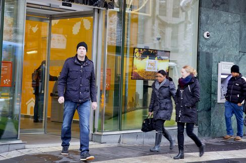 EU Delays Bank Capital Calculation Rule Following Nordic Protest