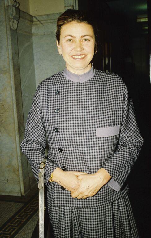 Barbara Piasecka Johnson, Maid Who Wed Johnson Heir