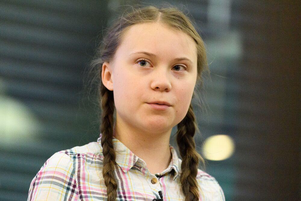 Teen Climate Activist Rips Politicians Ahead of EU Vote