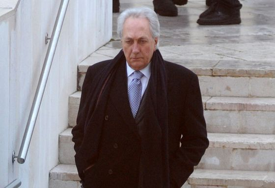 How a Tycoon's Bid to Fix an Ancient Italian Bank Backfired
