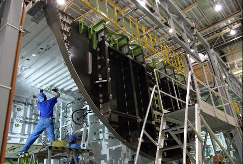 Japanese Boeing 787 Parts Makers to Open New Lines