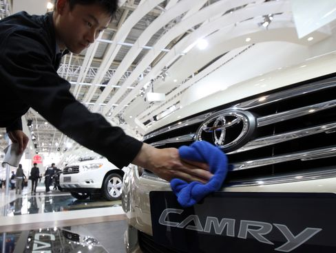 Toyota Sales in China Increase 4% on Output Disruption