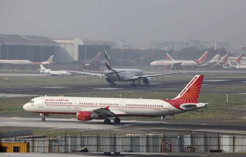 Air India Said to Get Approval for Debt Plan