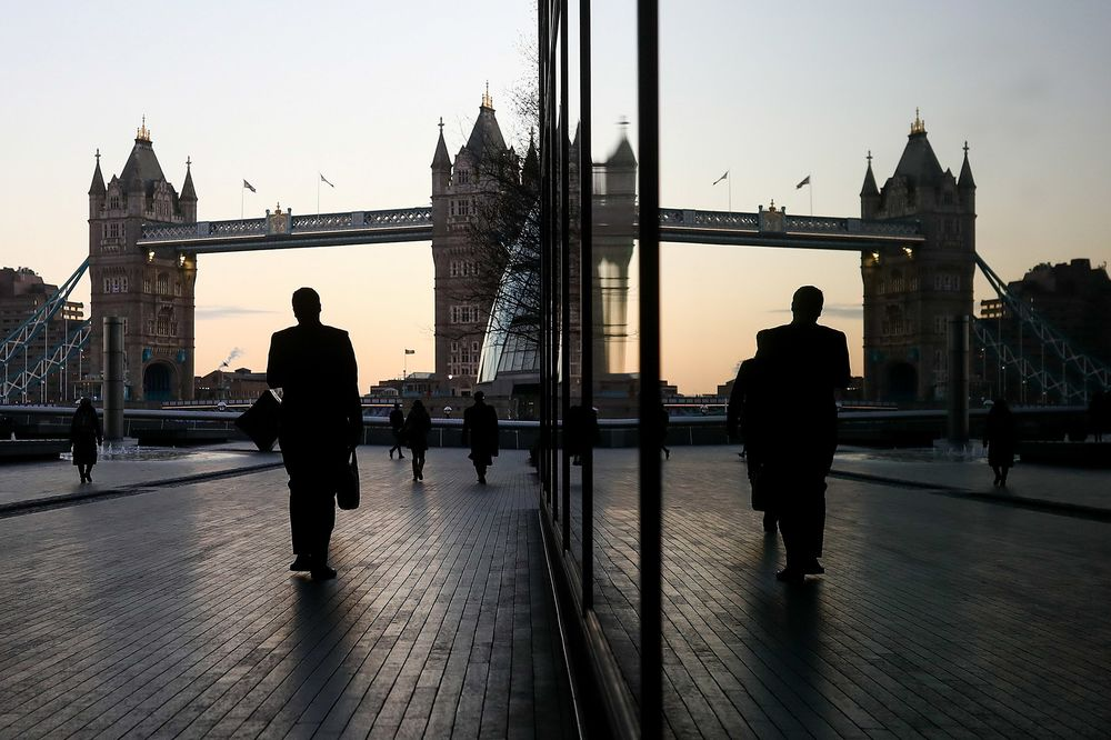 U.K. Firms May Have to Justify Executive Pay Gaps