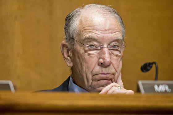 Senators Threaten to Force Drugmaker Executives to Testify
