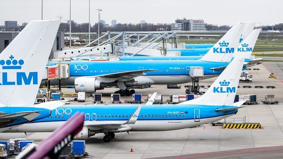 Air France-KLM's $3.8 Billion Dutch Aid Comes With Strings