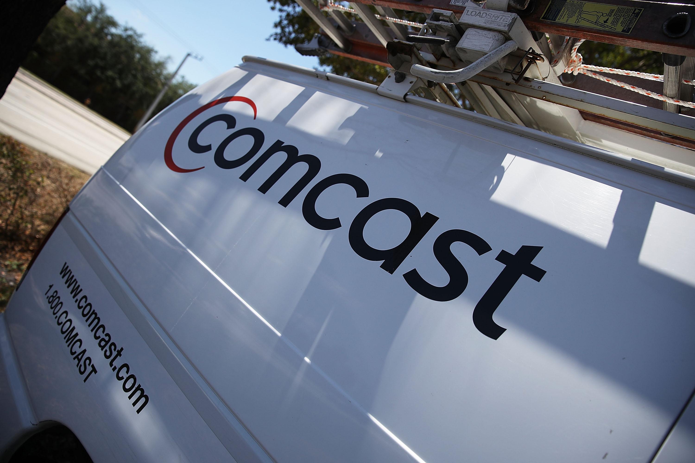 Comcast Debt Offering 100 Billion Wont Bring Rating Down Bloomberg
