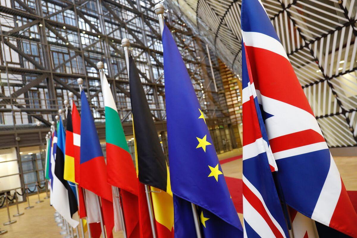 U K  Eyes Longer Brexit Transition and Asks EU to Talk Dates