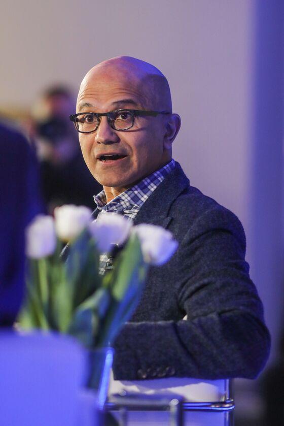 Microsoft CEO Hunts Anew for Creator Hub After TikTok Bid Fails