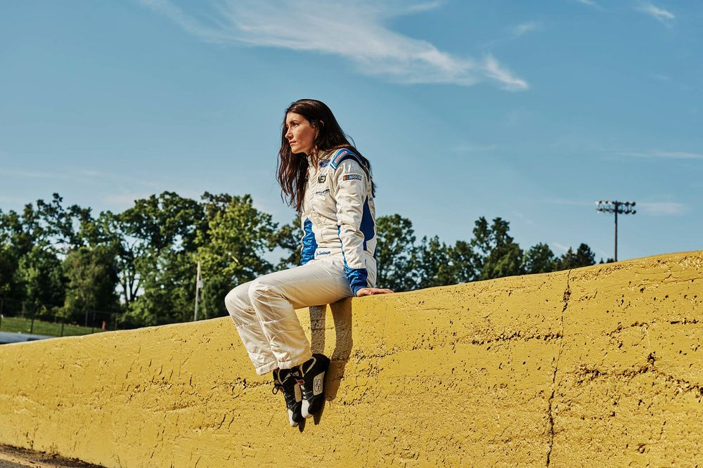 Can the Best New Female Racer Make It to Nascar? That's the $15 Million Question - Bloomberg