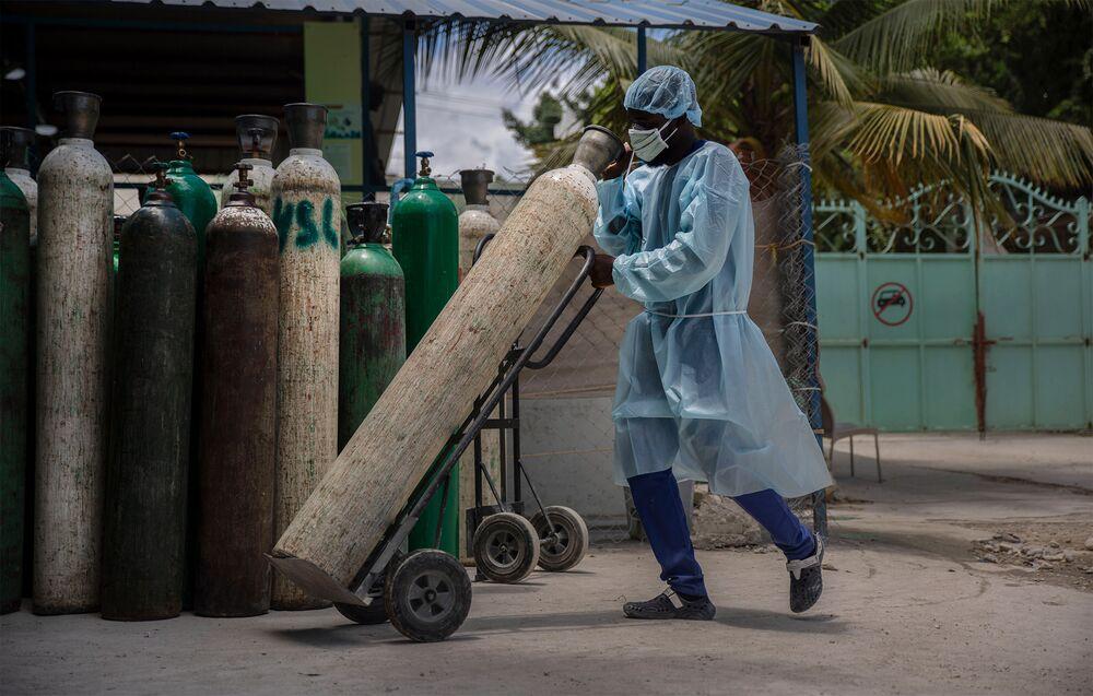Haiti ist das einzige Land der westlichen Hemisphäre ohne Impfstoffe und jetzt wurde Haitis Präsident hingerichtet