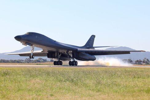 1473731506_B-1B bomber