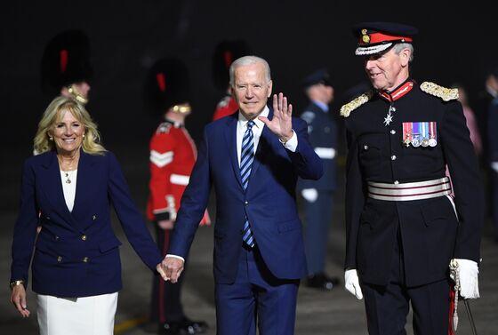 Biden and Johnson Vow to Speed Up Opening U.S.-U.K. Travel