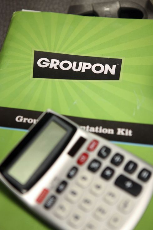 Groupon Is Said to Meet With Bankers to Discuss IPO