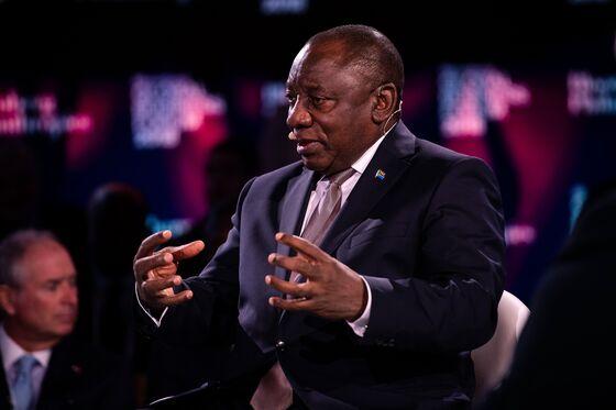 Ramaphosa Treads 'Softly-Softly'in South Africa Power Struggle