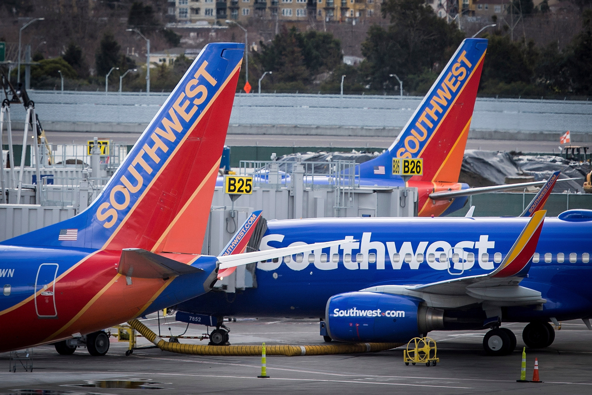 southwest airlines leadership Gregory joined southwest airlines in 2007, and has served in leadership positions in ground operations, financial planning & analysis, and network planning prior to joining southwest, gregory was a pilot and flight instructor.