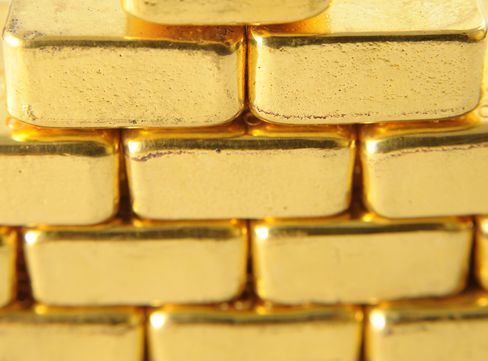 Gold May Advance for a Second Day on Increased Europe Debt