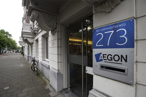 Aegon Says Low Interest Rates in U.S. May Hurt 2011 Profit