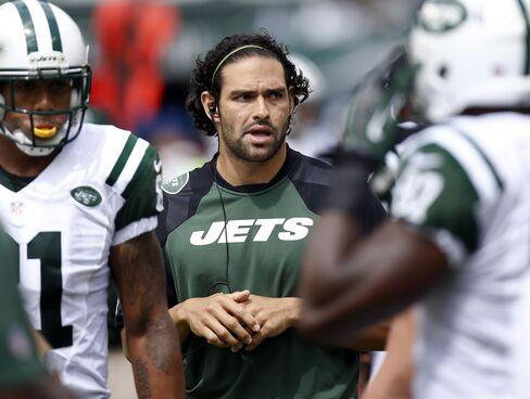Jets Quarterback Mark Sanchez to Miss Eight Weeks, NFL Team Says