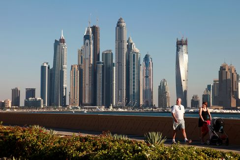Dubai Supremacy Challenged as Global Banks Shift to Gulf Rivals