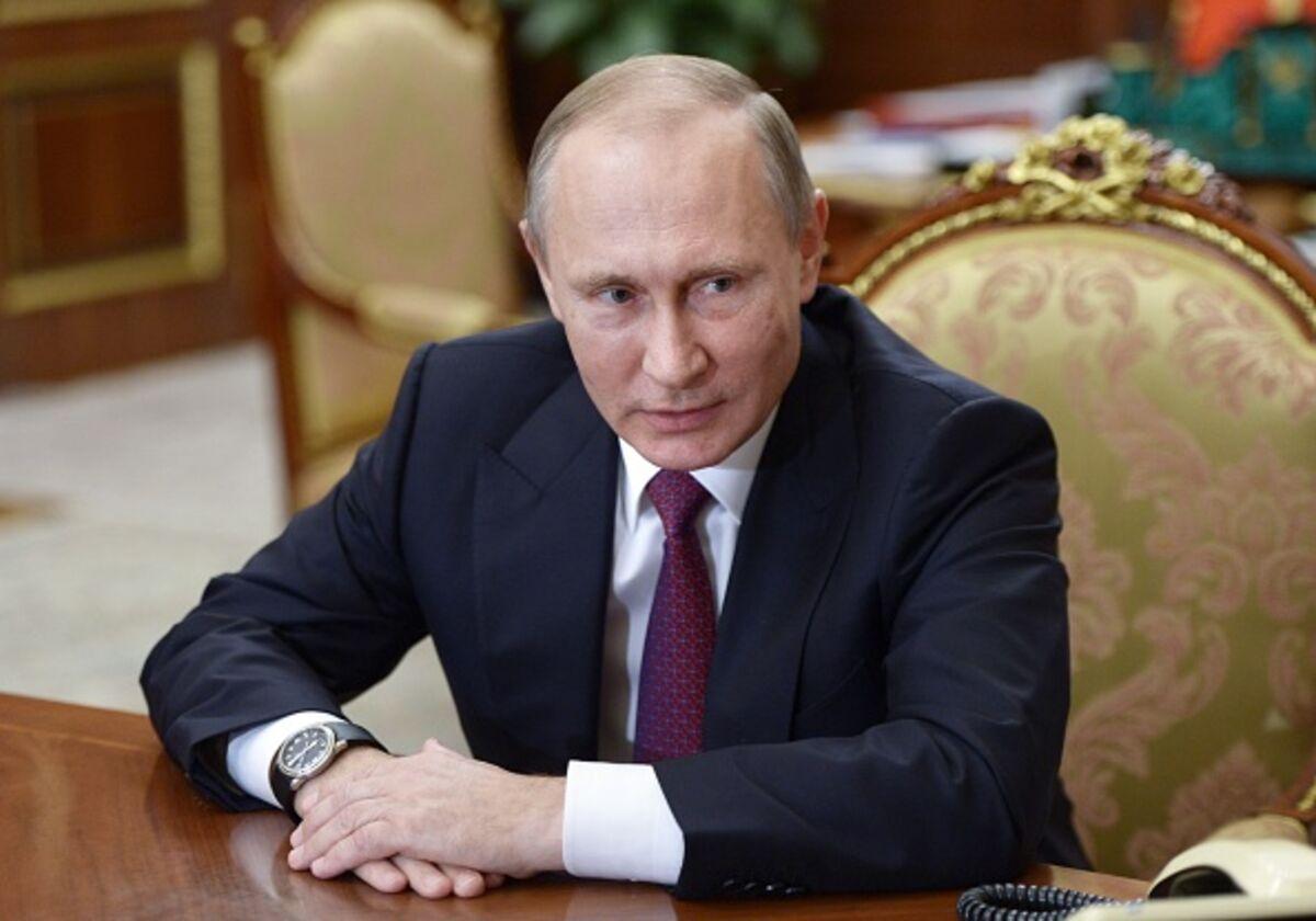 """Πλήγμα για τη ρώσικη οικονομία το """"άγγιγμα"""" του Πούτιν"""