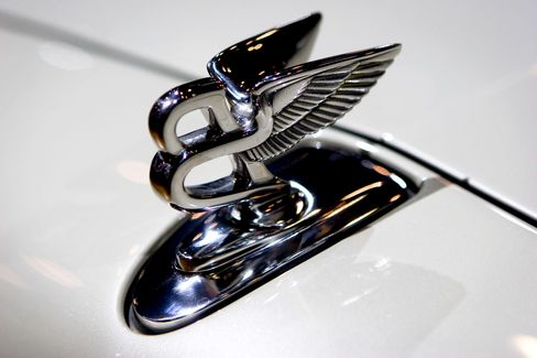 Bentley 'Flying B' Hood Ornament Injury Risk Prompts Recall