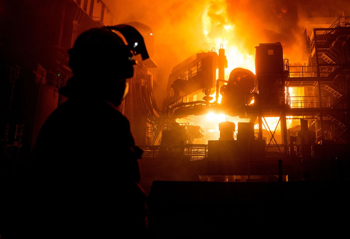 British Steel's Accountants to Pocket Half of Proceeds From Sale