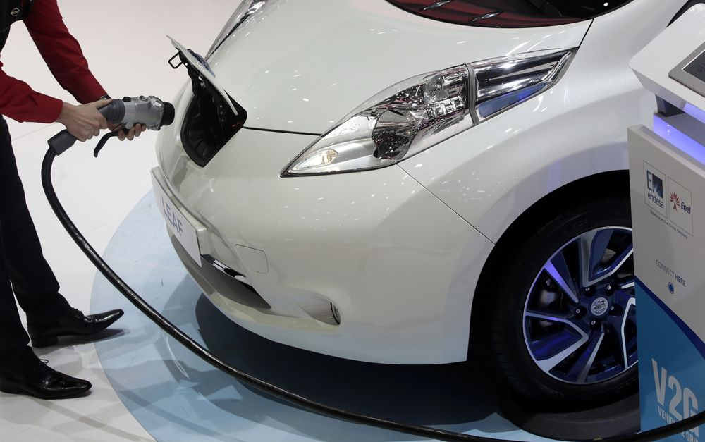 Nissan: We Gave You Clean Cars, Now Give Us Clean Energy