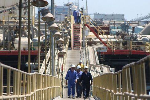 At OPEC Meeting, Saudi Arabia Stares Down Texas and North Dakota