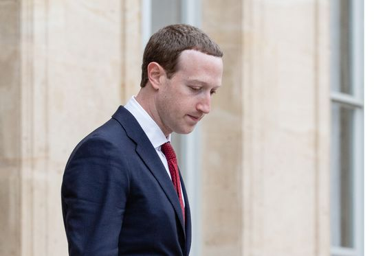 Zuckerberg Says Facebook Will Work With Governments on Speech