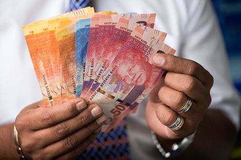 South African Rand Sinks Most Since 2011
