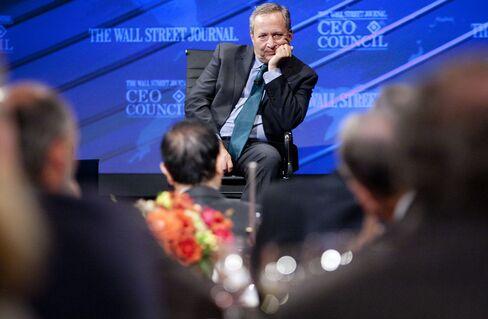 Former Treasury Secretary Lawrence Summers