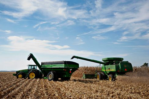 Deere Prepares for a Lean Harvest
