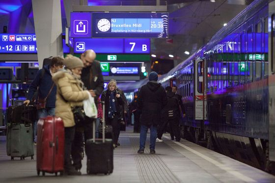 Europe's Battered Airlines Face Threat From Night-Train Alliance