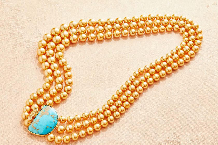 relates to These Pearls Look Nothing Like the Thin Strands You're Used To