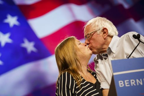 Jane Sanders and Bernie Sanders embrace at a campaign event in Los Angeles on Aug. 10, 2015.