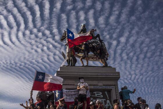 Chile Stuns Markets as Unemployment Falls, Manufacturing Rises
