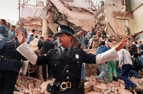 Argentina, Iran Agree on Joint Panel to Investigate 1994 Bombing